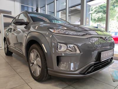 Hyundai Kona Elektro Level 4 bei BM    Schnitzer GesmbH in
