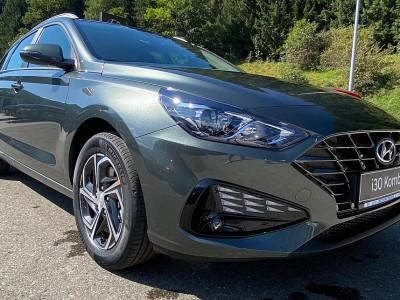 Hyundai i30 CW 1,5 DPI chic bei BM || Schnitzer GesmbH in